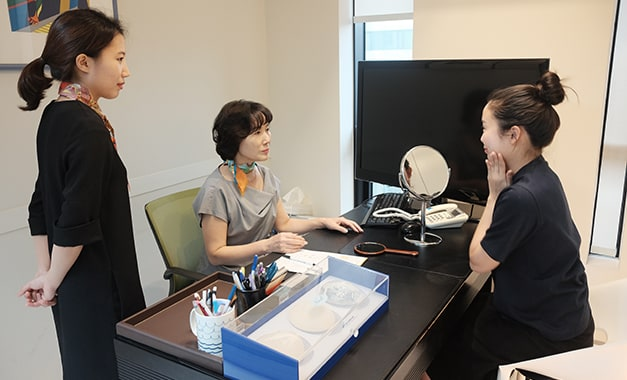 Further Consultation and Q&A with Professional Consultant Vip Plastic Surgery